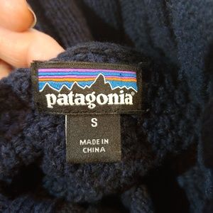 Patagonia Sweaters - Patagonia Off Country Chunky Knit Navy Sweater